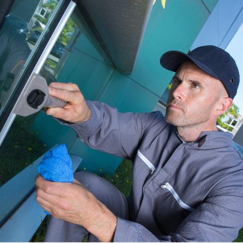 Zuverlässiger Fensterputzer Hamburg